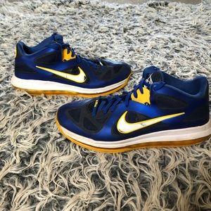 Nike LEBRON 9 LOW ENTOURAGE shoes size 11.5